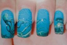 Nails / by Sierra Babinat