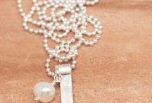 create : jewelry / by Theresa Turner
