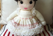 kelly karayiannis / My knitted dollies