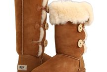 Leather & Suede Cleaning / Keep your favorite pair of Uggs or your leather moto jacket looking new! White Way Cleaners in Wallingford, CT tells you how: http://whitewaydelivers.socialtuna.com/leather-and-suede-cleaning/