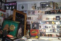 disquaire paris / http://illogicall-music.fr 63 rue blanche 75009 paris  record shop  pop jazz rock