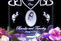 Centerpieces and Escort Cards / Add a personal touch to your event with customizable escort cards and battery operated centerpieces. The centerpieces make great keepsakes. / by Signs Remembered