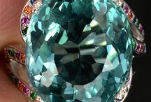 Bewitching Queen of The Lustrous, Lapidaried Jewels & Precious Stones!! (Non-body Worn)