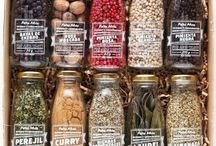 Gıda Sektörü Kutu ve Ambalaj / FedBox, Türkiye'deki küçük ve büyük ölçekli birçok firmaya başta kutu ve ambalaj üretimi olmak üzere tüm matbaa işlerini yapan sektörün en yenilikçi firmalarından birisidir.