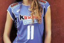 Volley / #volleyball #volley #beachvolleyball #TagsForLikes #vball #TagsForLikesApp #volleyballplayer #vleague #instavolley #voleybol #setter #spike #volleyballislife #spiking #ball #net #court