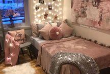 Room <3