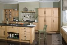 Real Wood Kitchens / Achieve a cosy, traditional look with our real wood kitchens