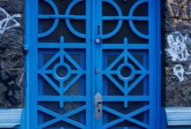 PUERTAS BELLAS / Una puerta no es solamente un acceso, puede convertirse en un elemento bellísimo, digno de ser admirado.