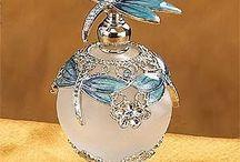Petites bouteilles de Parfum / by Miss Tigries