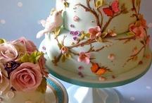 herkullisia kakkuja/leivoksia