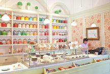 Retail Desks / Hospitality Design, Food Counters, Bars, Information Desks, Business Communication, Cash Desks, shopping stores and retail desks