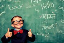 Bilingvismul la vârste fragede / Până nu demult se credea că un copil poate învăța o limbă străină numai după vârsta de 4 ani. Acest mit a fost spulberat de noile descoperiri, tocmai de aceea Helen Doron English vă oferă șansa de a învăța limba engleză de la o vârstă fragedă, chiar de la 3 luni.