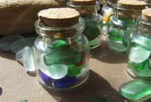 Seaglass / Questo è il posto dove trovare il vetro , i frammenti di ceramica, i sassi del mare necessari per realizzare i vostri progetti di mosaico o gioielli o decorazioni. Nel negozio trovate vetro, ceramica, sassi di mare genuini raccolti a mano nella costa Tirrenica del Mediterraneo.