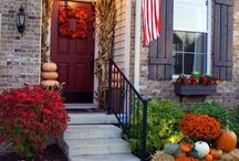 Porch / Stoop Ideas / by Jessica Shelton