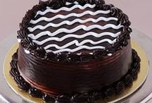 Online Cake Delivery - Cake Bhandar / We welcome orders for Online Cake Delivery in Noida that is prepared after jotting the taste preference of the consumers. These are sugar-filled cravings in the form of delectable cakes that will definitely impress and amuse your loved ones.