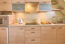 Cytrynowy - Apartament VisitZakopane.pl / Apartament Cytrynowy jest idealny dla osób, które cenią sobie bliskość lokalnych atrakcji oraz ciszę i spokój.