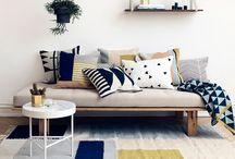 lounge lounging