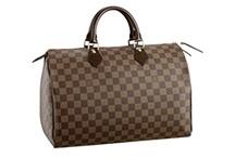 Handbag. / Purses, totes, storage vessels.