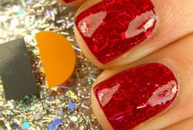 great nails! / by Bronwyn Mitchell