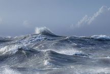 dramatic waves... / They represent the turmoil of my emotional spectre..
