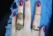 License to fall / All the leaves are brown, but your nails can be absolutely beautiful for autumn!