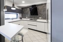 Modern kitchen / KITCHEN
