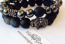 Black agate gemstone bracelet with skull