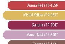 Fall 2014 Pantone Color Decor Inspiration by Season in a Trunk / These Fall Pantone Colors are perfect to bring into your Fall Decor this season. Check out some ideas!
