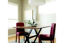 First Apartment Furniture Shopping / Finding furniture bargains to decorate your first own apartment.