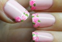 Pretty Nails / Such beautiful ideas to finish off those nails