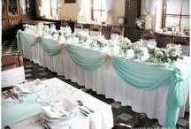 Esküvő főasztal dekoróacióo