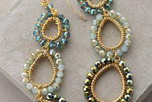 Ποικιλόμορφα σκουλαρίκια!!