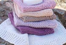 Strikkede og karklude - håndklæder og grydelapper