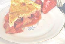 Strawberry Cake / food