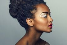 Penteados para cacheados (Hairstyle) / Belos penteados para cabelos cacheados de diferentes texturas.