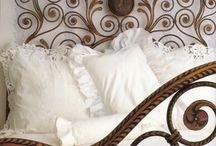 Color Combo: Brown And White