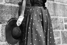 Womens Fashion 1950 / It's just so elegant.