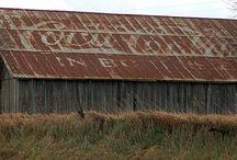 Barns / by Samantha Clark