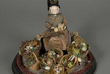 Antique dolls and peddler dolls / by Angela Puccioni