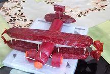 Letadlo ze salámu