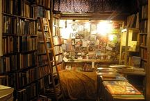 ROOMS WITH TEXT / Rooms that inspire you to read