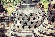 Borobudur temple by Curioso