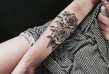 Tatuagens rosas