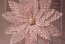 FLOWERS TO CREATE / by Dyana Beek