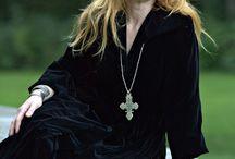 Loreena McKennitt - tra la la / by Stitch Witch Cottage