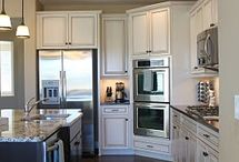 Ideas for my kitchen! / by Melissa Plowman