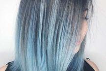 barevné středně dlouhé vlasy