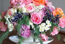 Floral Arrangements / by Susan Freeman