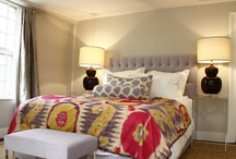 Bedrooms / Bedroom ideas, linens, beds, headboards, pillows. Good examples of perfectly made beds.