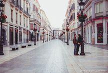 """Preboda en la ciudad """"A & R"""" / Tablero con algunas de las fotografías realizadas para el preboda en la ciudad de Málaga de Antonio & Rocío."""